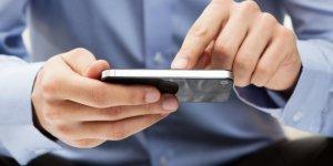 tips-bersihkan-touchscreen-dari-bekas-sidik-jari-teknotips